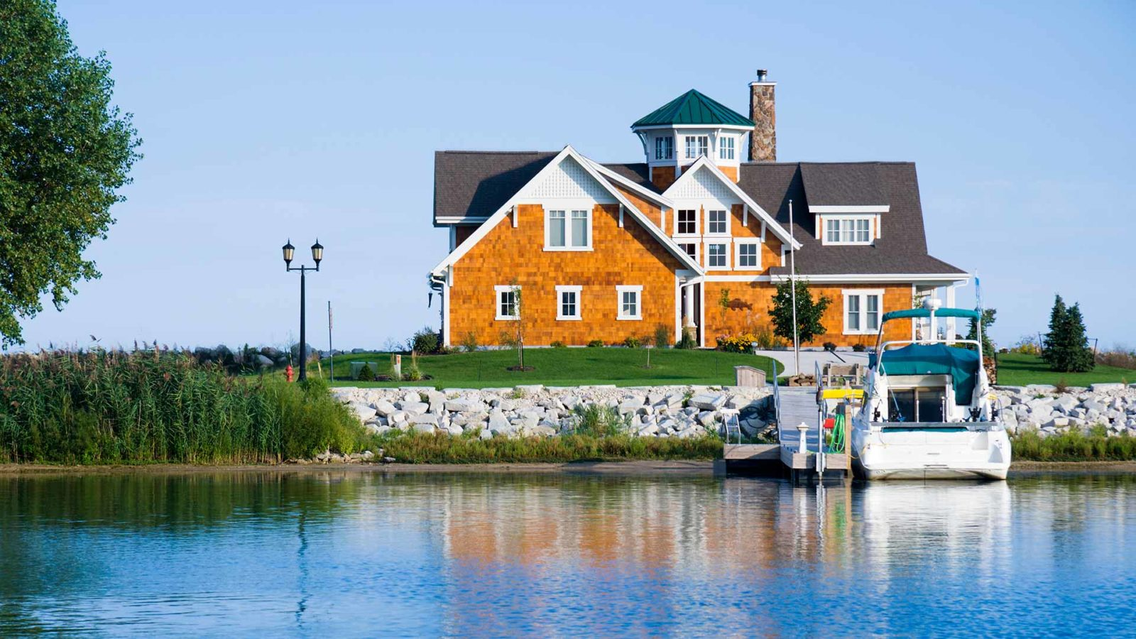 Home Insurance and Homeowners Insurance in Braintreet, Hingham, Laconia